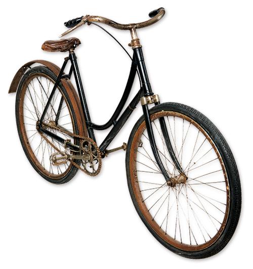 Le vélo de Jeanne Calment museon arlaten par Guylaine RENAUD